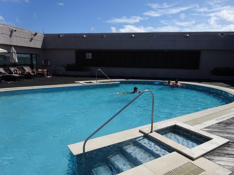シェラトングランド台北のプール