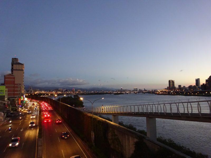 台北大橋からの眺め