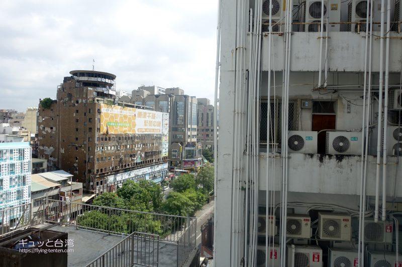 53ホテル部屋からの眺め