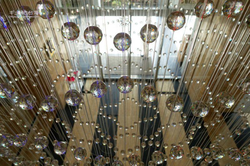 ガイアホテル_大地酒店のロビー装飾品